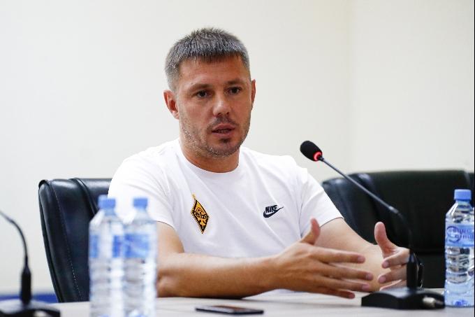 Кирилл Кекер: «Бірінші ойын бізге көп ақпарат берді»