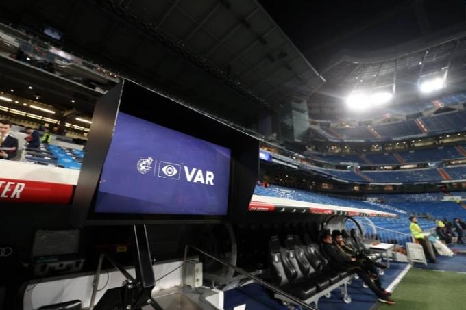 Ривалдо: «Барселонаның мәселесі VAR емес»