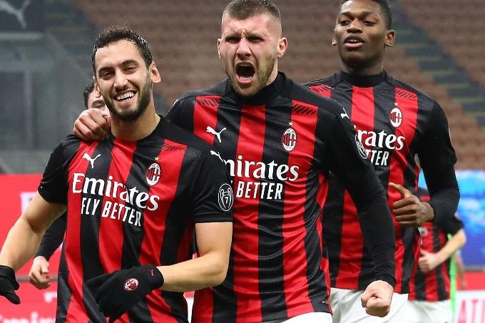 «Милан» клубы «Интердің» 70 жыл бұрынғы жетістігін қайталады