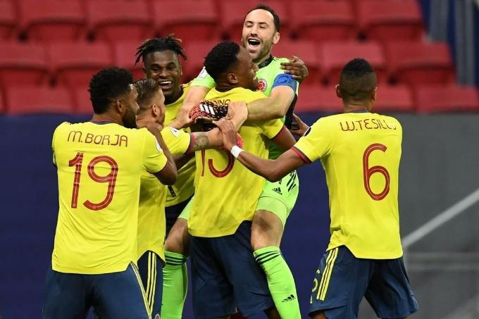 Колумбия құрамасы Уругвайды пенальти сериясында жеңіп, жартылай финалға шықты